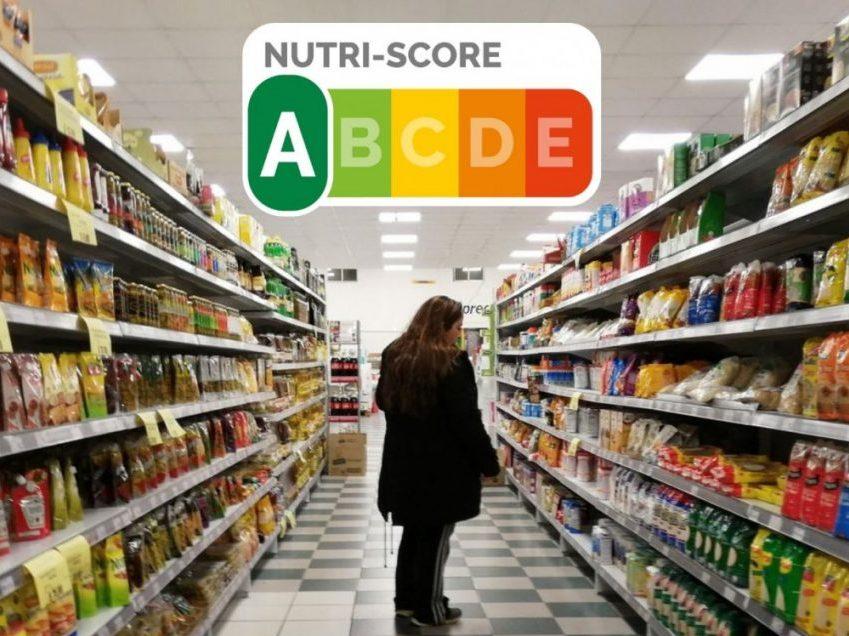 Polémica con el sistema de Nutriscore: qué es y por qué lo critican los nutricionistas