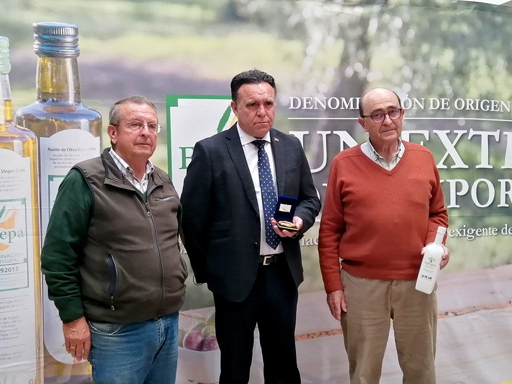 EGREGIO ecológico de Oleoestepa, premio mejor AOVE de la Denominación de Origen Estepa